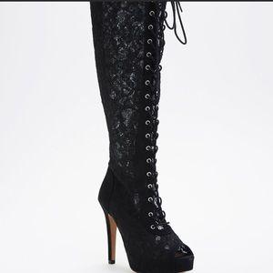 "Torrid lace peep toe lace front boots w/5"" heels"